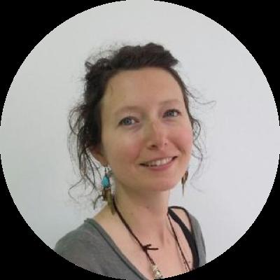 Céline FERRON – (Ostéopathe D.O.)